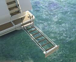 echelle pliante pour bateau
